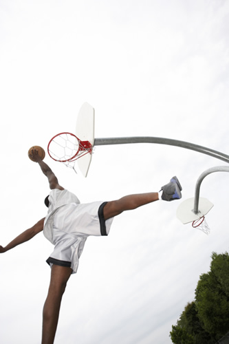 Boys' Basketball slamdunk
