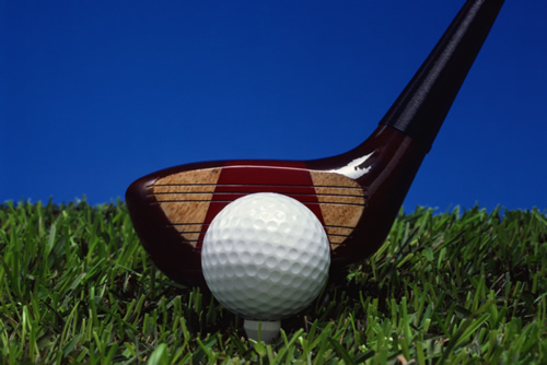 picture of golf club and golf ball